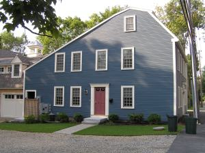 16 County Street, the Abraham Knowlton house (1726)