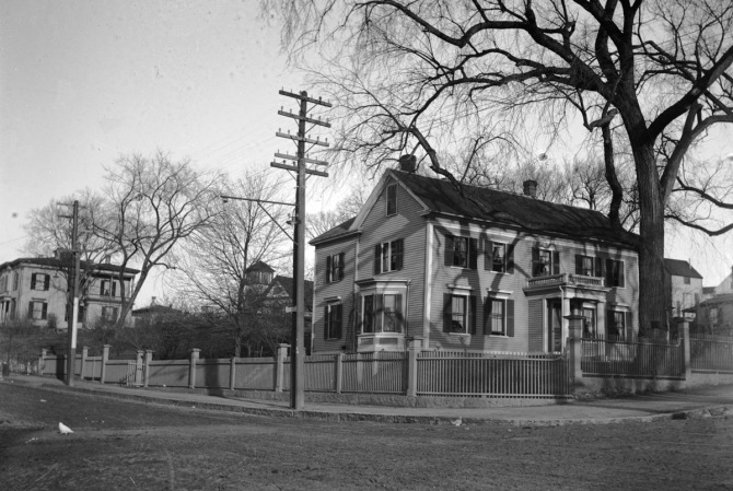 The John Appleton house in the early 20th Century, courtesy Ipswich Museum.