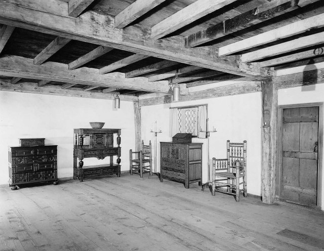 The display of the Manning House framework after it was installed in 1925.