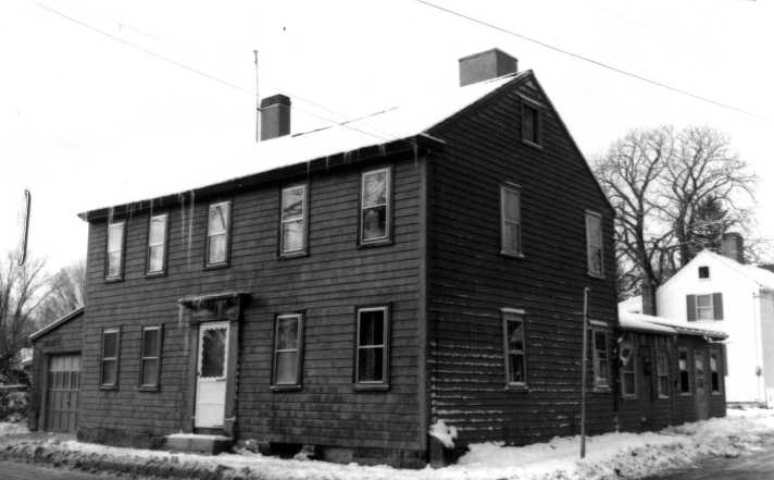 Photo of the Bennet-Caldwell house in the late 20th Century, from the MACRIS site