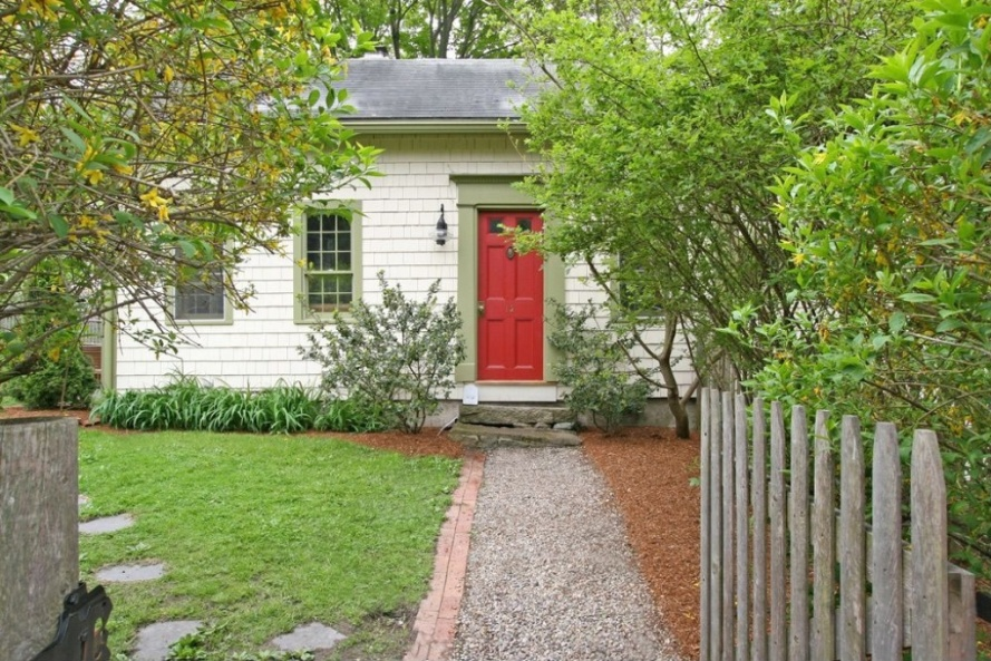 12 Warren St., photo from Zillow