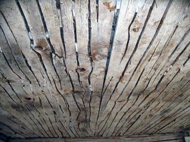 Accordion lath in tthe dining room ceiling, Newmarch-Spiller house