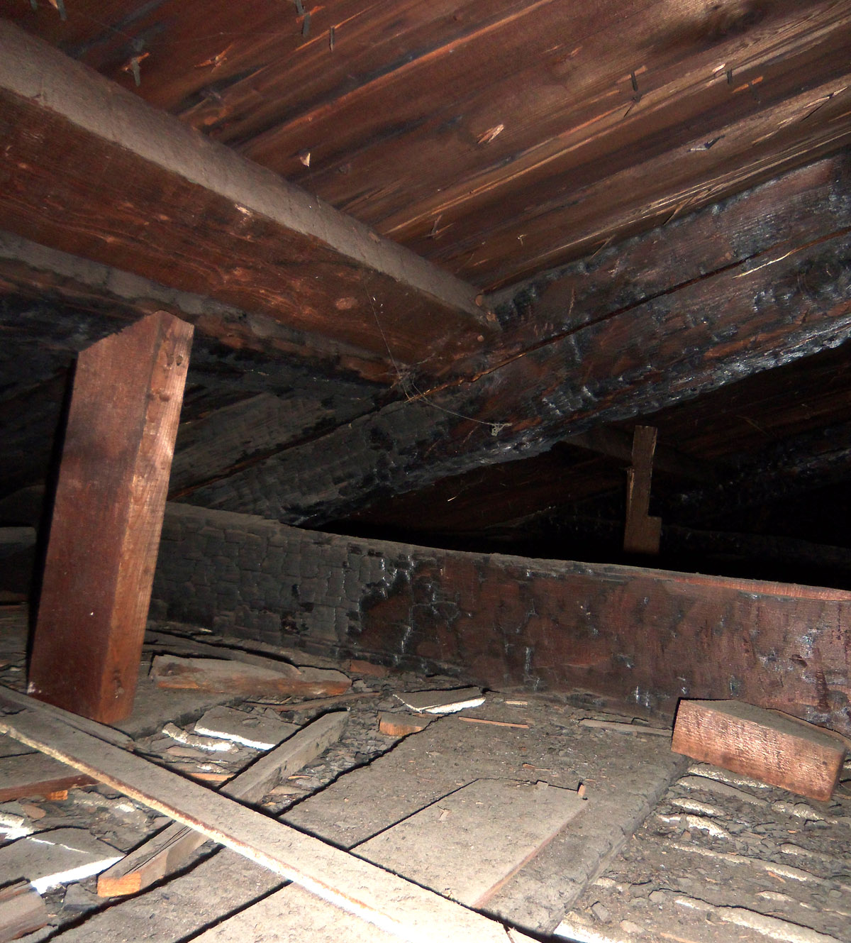 north-main-12-attic-firre