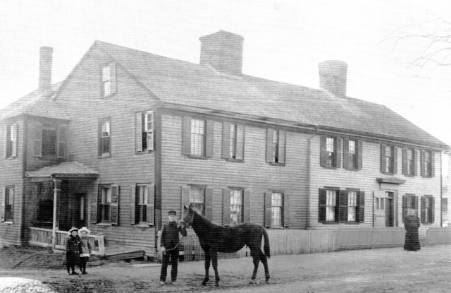 shatswell_house_horse