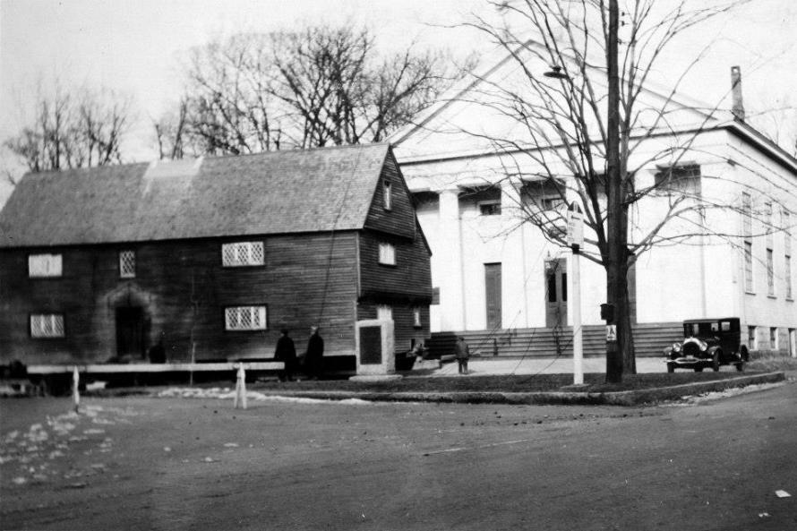 The Whipple House arriving at the South Green, parked in front of the former South Congregational Church. (photo courtesy of Linda George Grimes)