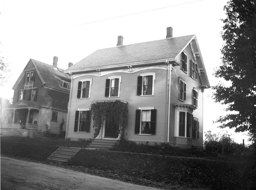 The parsonage at the beginning of the 20th Century, photo by George Dexter