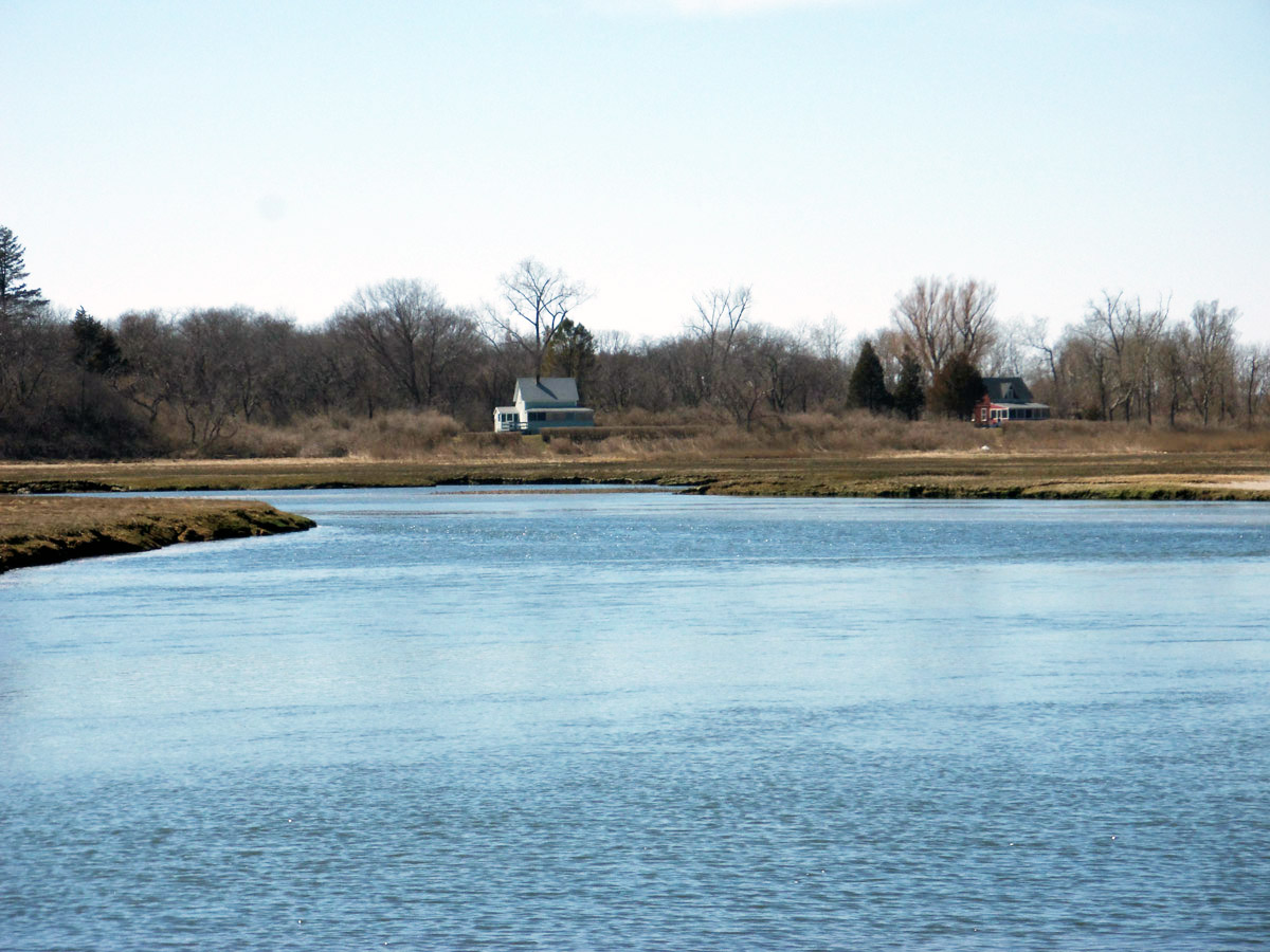 The mouth of Fox Creek