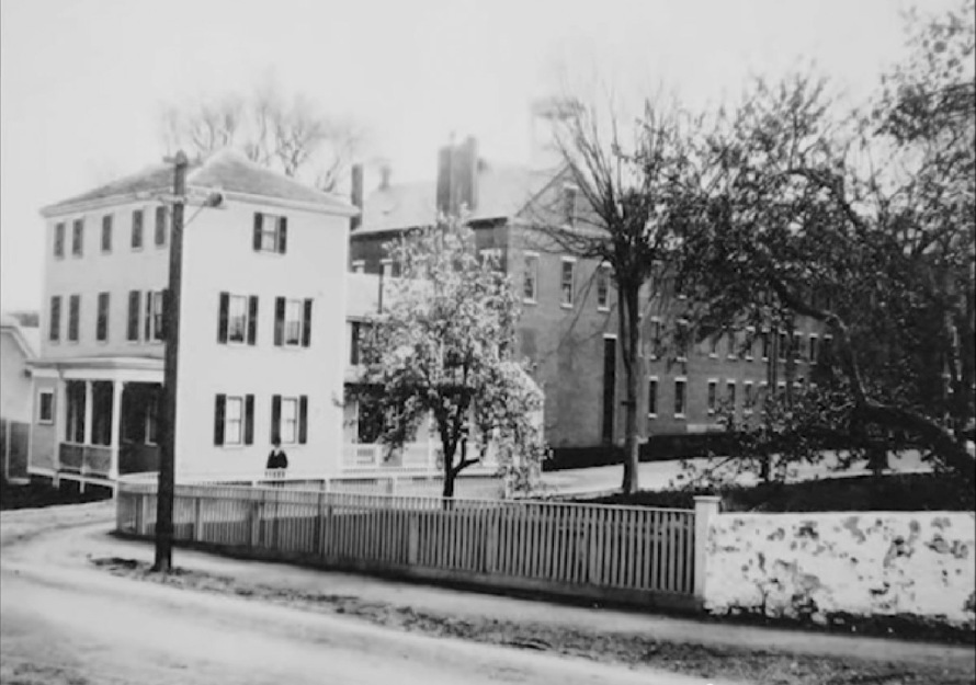 The Ipswich jail master lived in front of the jail, on Green St.