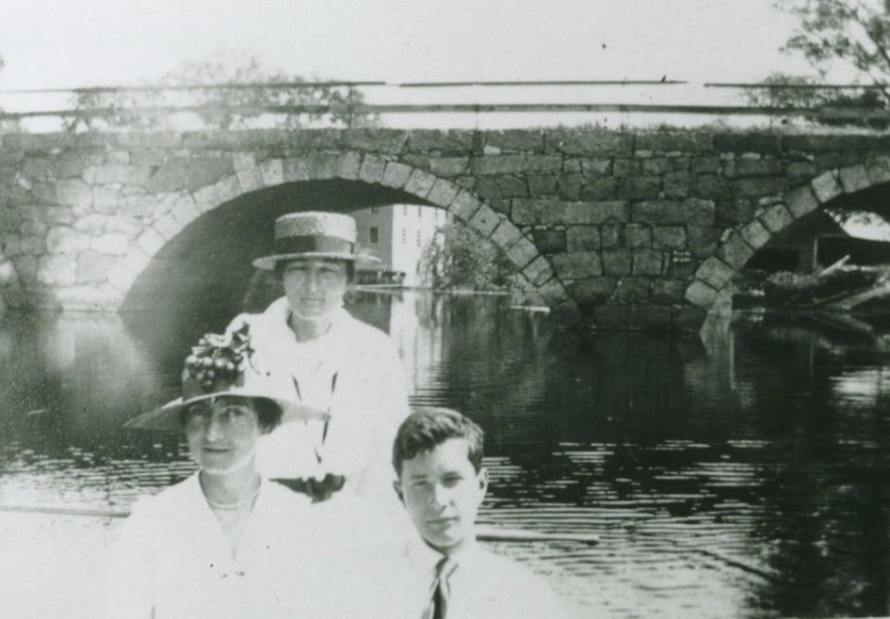 Violet Thayer and family members upstream from the Mill Rd. bridge in 1916. Photo courtesy David Thayer.