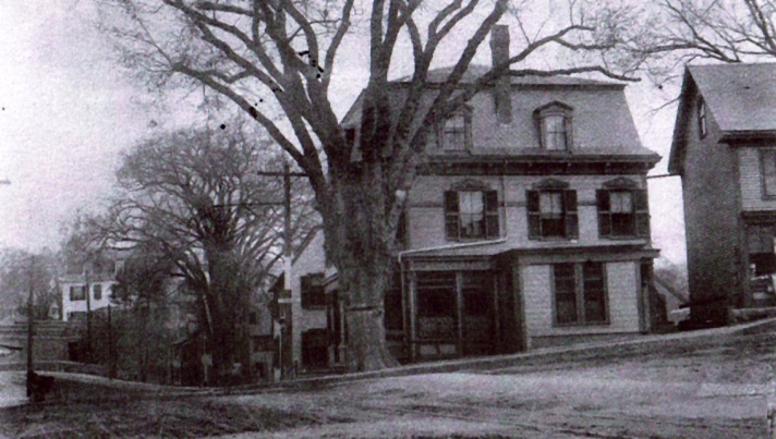 """The WPA """"Free Store"""" was on Elm Street in the builing on the right. The building in the center of the photo was the original Ipswich Savings Bank, the present site of Skillman Services."""