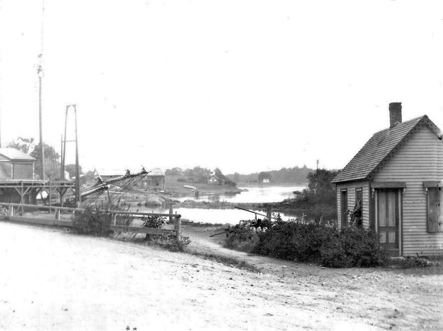 Brown's Coal Wharf. Alice Keeton speculated that the little building may have once been the Ipswich Customs House.