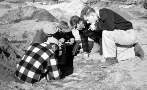 The Ipswich discovery of PaleoIndian artifacts at Bull Brook