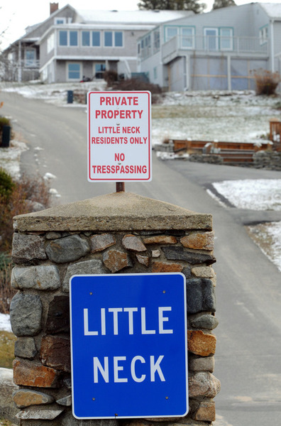 As of 2012 Little Neck is a private condominium association.
