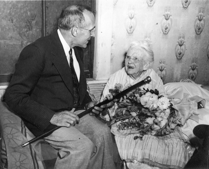 After Benjamin Ellsworth's wife died, his daughter Susan Treadwell Ellsworth lived with her father Benjamin at the li