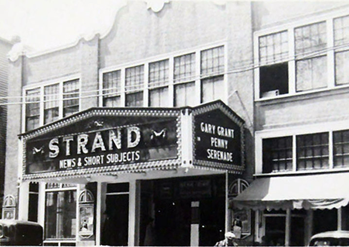 strand-theater-1940