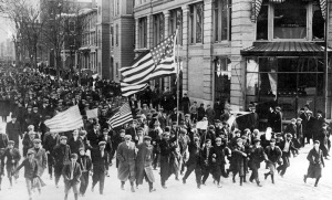 """Lawrence textile """"Bread and Roses"""" strike marchers"""