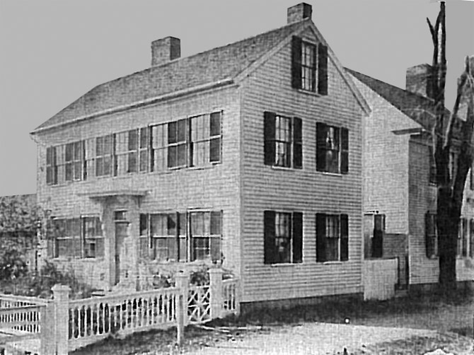 An early photo of 24 High St.