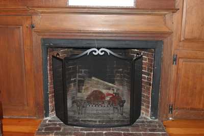 fireplace, Col. John Baker House in Ipswich