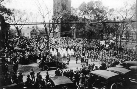 armistice_day_parade_1919