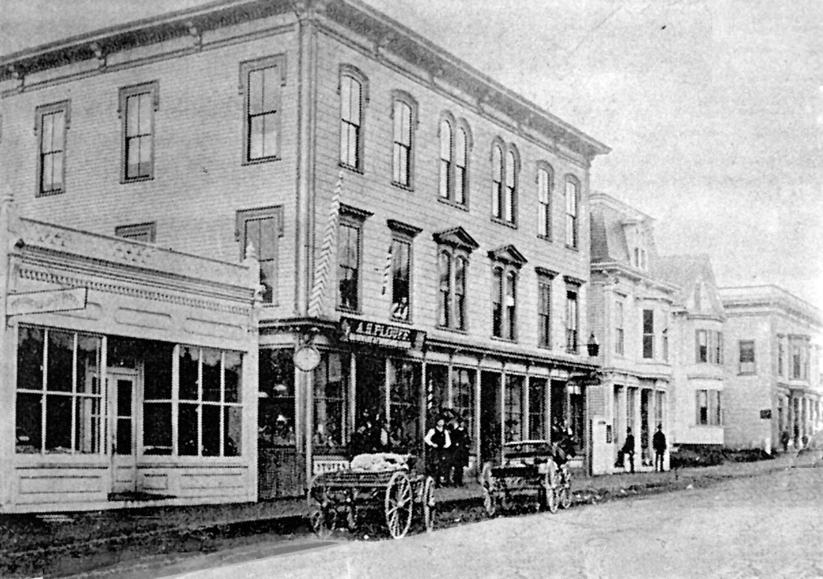 Central St. in Ipswich before the fire