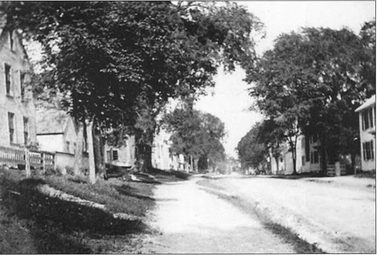 Old photo of High St. in Ipswich