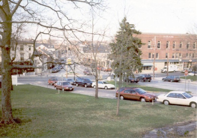 Looking toward Market St. from the Ipswich Town Green, 2003