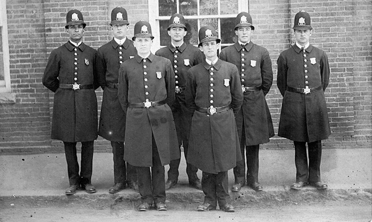 Ipswich police during the mill strike