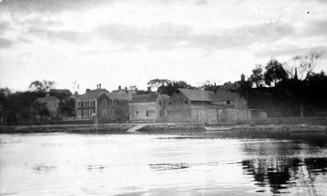 The wharf area at the far end of Water St. in 1910.