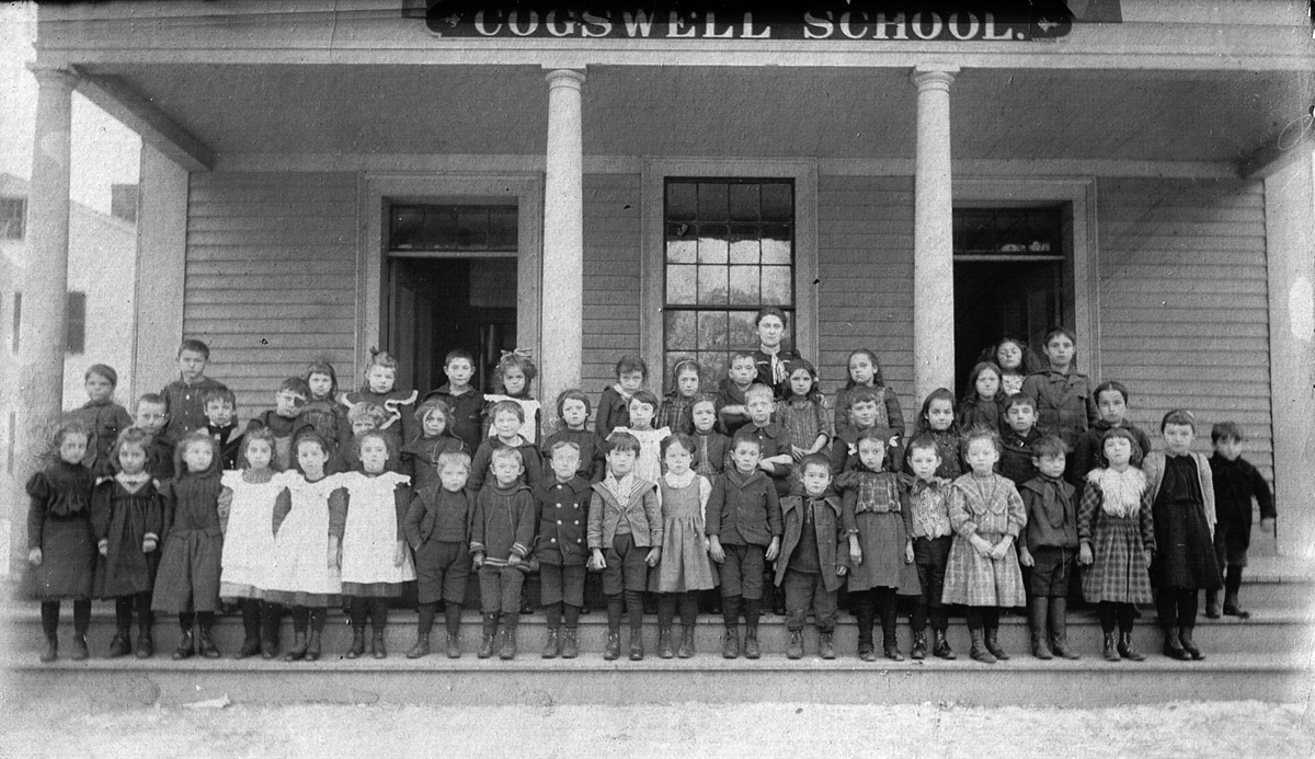 Cogswell School in Ipswich, 1909