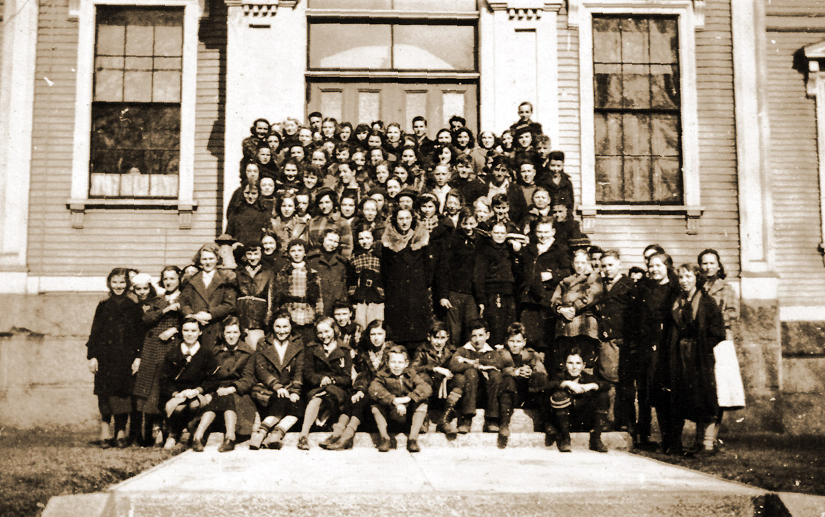 1936 Ipswich students at Manning High School