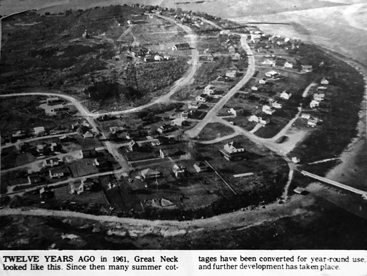 1961 Aerial view of Great Neck