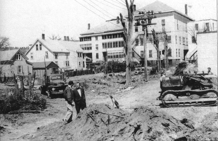 When the Hammatt St. parking lot was built in 1958, most of the houses were removed, and large culverts were laid underground to carry Farley Brook.