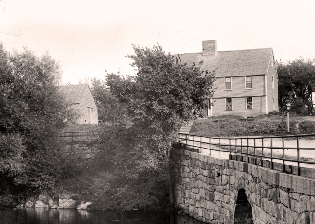 Photo of the Green Street bridge by George Dexter, circa 1900