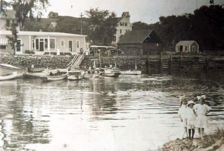 Fred Cronin's store at the Ipswich town landing