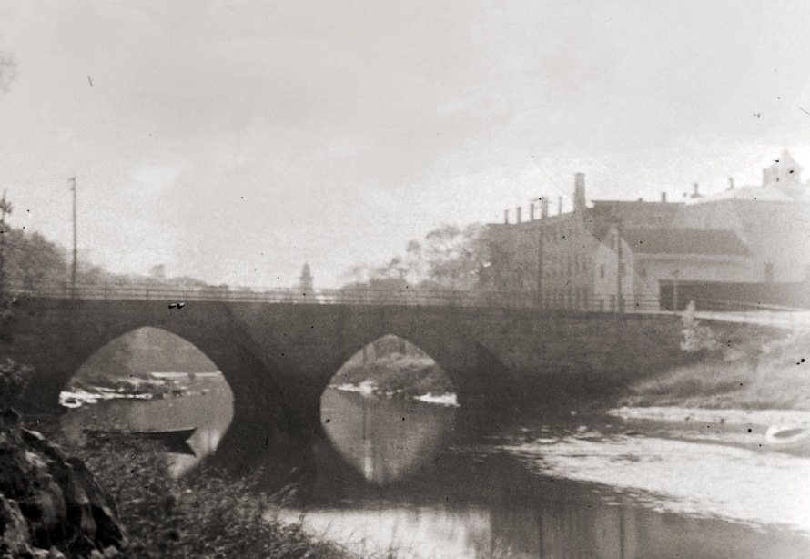 The Green St. bridge and the Ipswich jail . Photo by George Dexter. 19th Century.