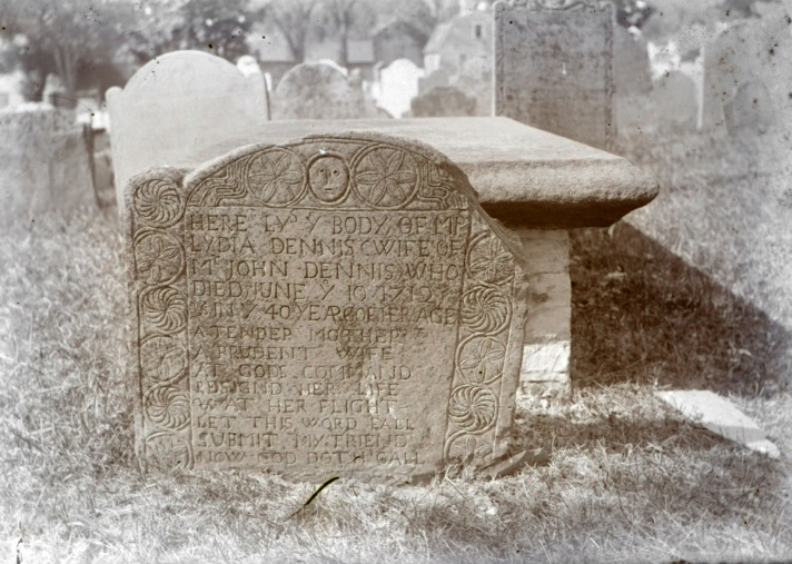Lydia Dennis tombstone by George Dextere, Old North Burying Ground