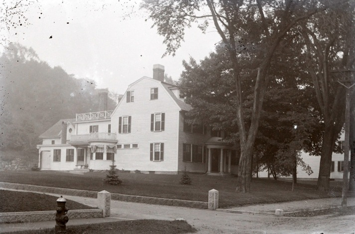 Rogers Manse. Photo by George Dexter