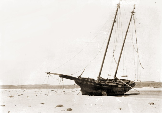 wrecked M. L. Wetherell at the northern end of Plum Island