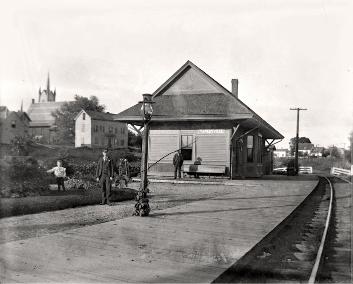 Tapleyville station, Danvers. Photo by George Dexter