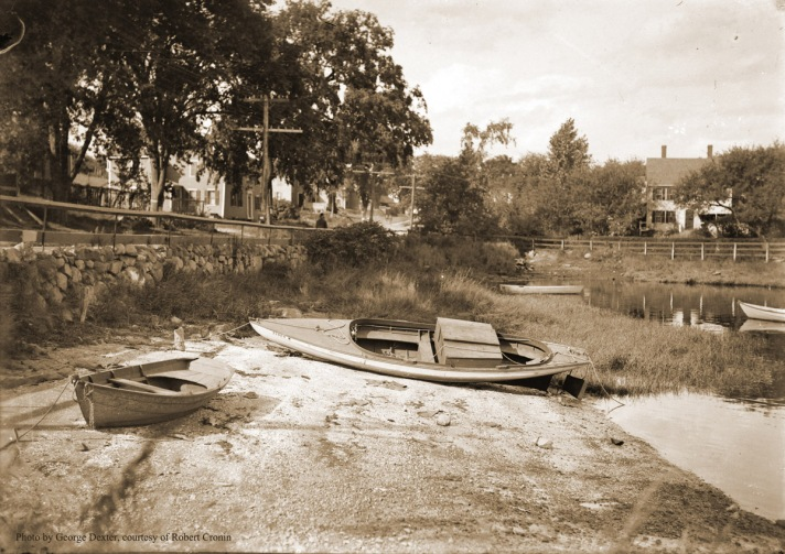 Clam boats before the Town Wharf was built, with Agawam Ave. in the background. Photo by George Dexter.
