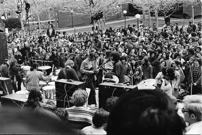 The Grateful Dead, Kresge Plaza, MIT, Cambridge, MA May 6, 1970. A free concert played to a protest rally against the Vietnam war and the killing of four students by National Guard troops at Kent State University in Ohio two days earlier. 2y Corinne Simone Corinne Simon