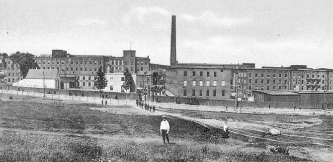 The Wakefield Rattan Company Factory which employed some thousand workers at one time. Several of these building stood until the beginning of the 21st century. (photo courtesy: wakefieldhistory.org)