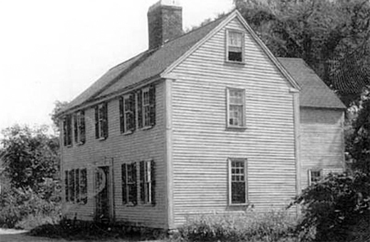 The 16 Elm St. house from Ipswich in the Smithsonian Museum.