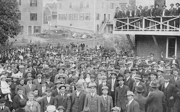Mill workers struck at the Ipswich Mills in 1913