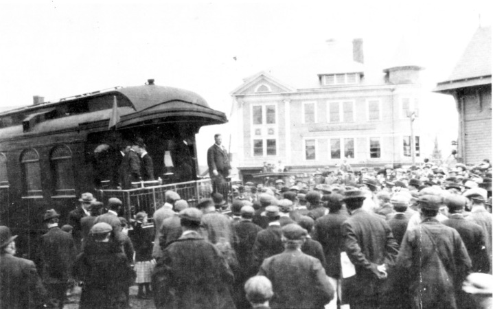 Teddy Roosevelt on the campaign trail stops at the Ipswich Train Depot in 1912. The old Damon Block, which was destroyed by fire, is in the background. The present day Market Place stands on the site today. Thanks to Fran Richards for photo and text.