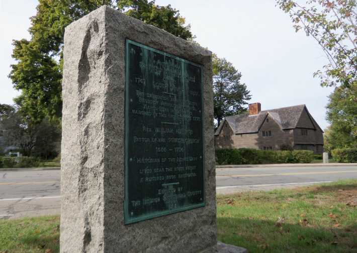 Memorial on South Green Ipswich ma