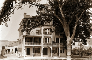 The Agawam House in Ipswich