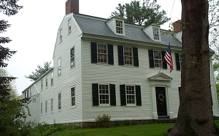 WNB.113, Greenleaf, Capt. Jonathan House, 796 Main St, c 1729