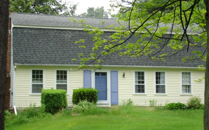84 Man St., West Stockbridge MA, 1710