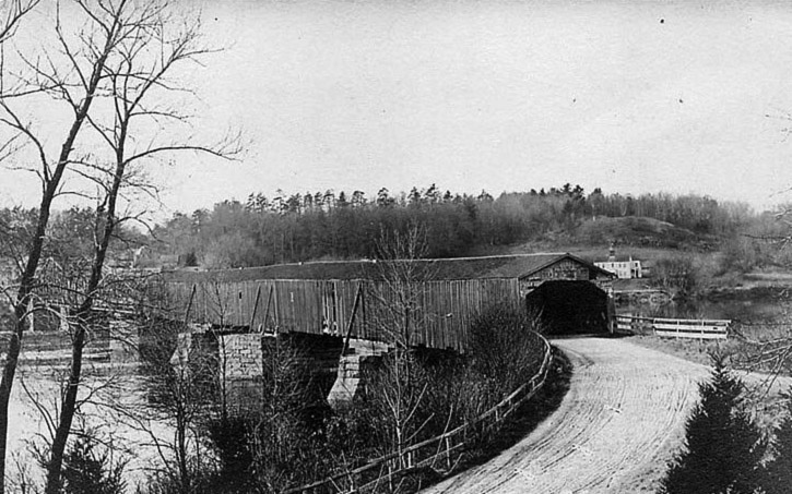 rocks_village_covered_bridge